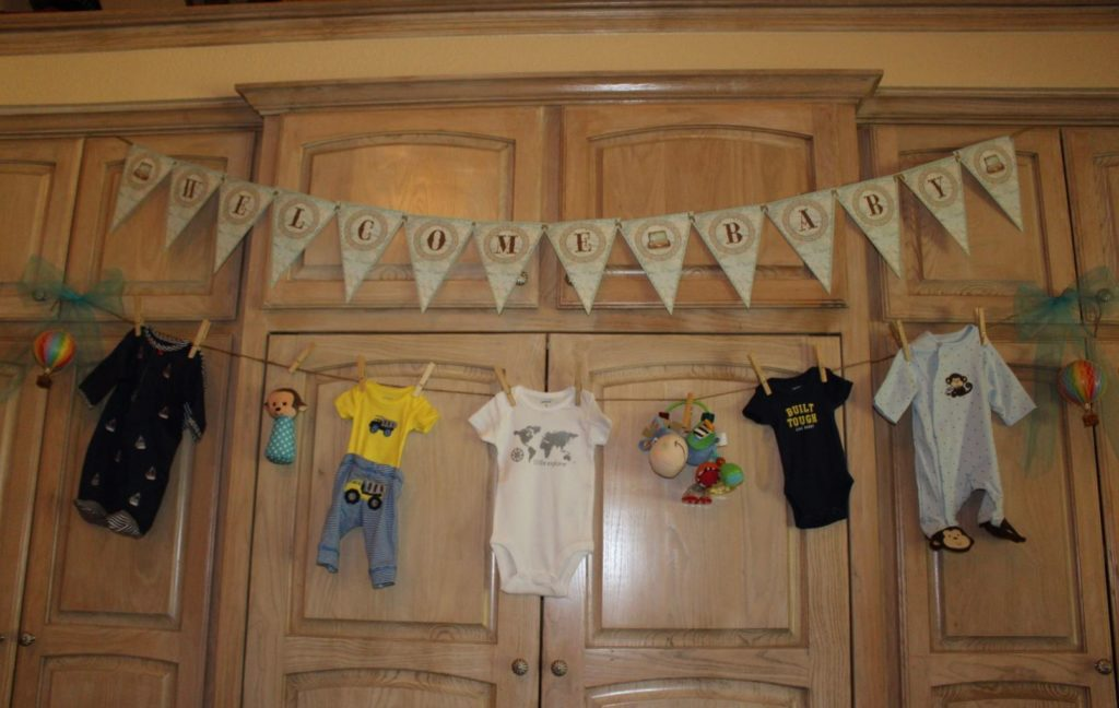 baby-clothes-line