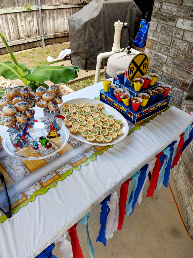 Easy birthday party food set up